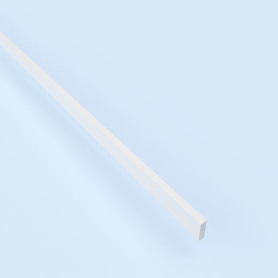 MDF plint wit ten behoeve van afwerking vloer- en/of plafond-stellatten.